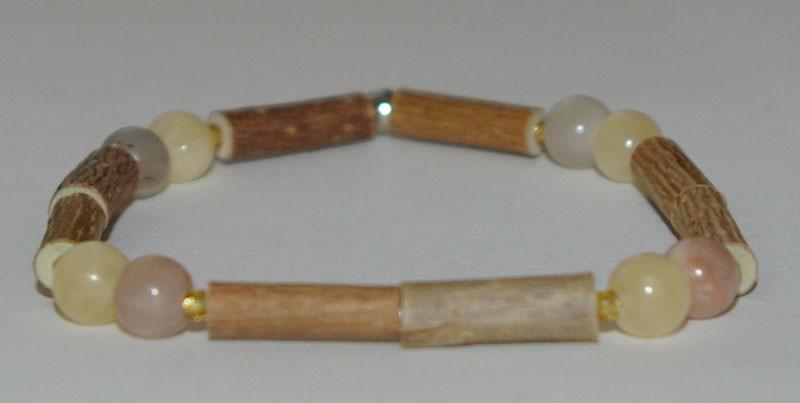 Bracelet de Noisetier et Aragonite / Pierre de lune orange et grise - Taille Femme/Ado